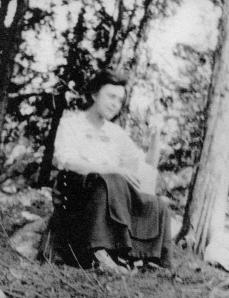 Arla Peabody Guion on the Island in New Hampshire