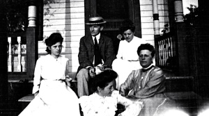 Alfred Beck Guion and Ella Duryee Guion (far right) and 3 unidentified women