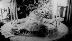 APG and MIG wedding pictures -0 cake and table (2)