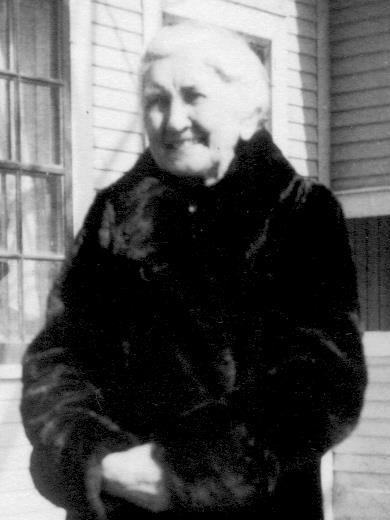 Grandma Peabody at her home  - cropped