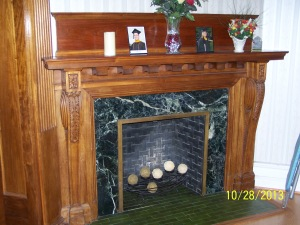 Lincoln Avenue - Fireplace