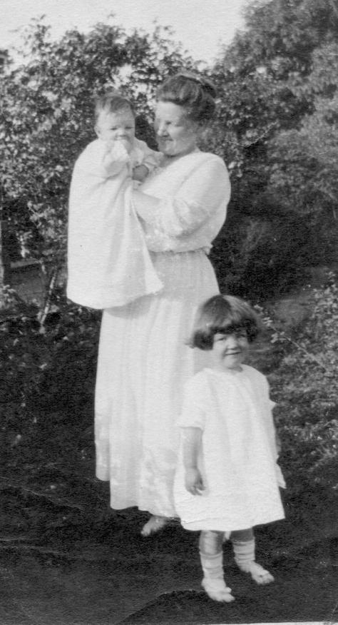MIG - Marian Ryder Irwin, Marian Dunlap Irwin, Homer Irwin, May, 1917