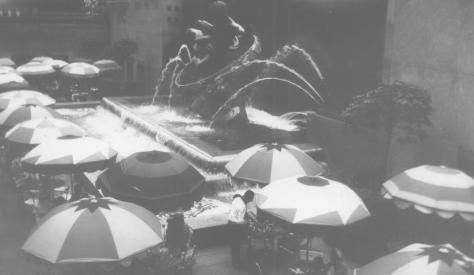 MIG - New York World's Fair - 1939 - view of umbrellas