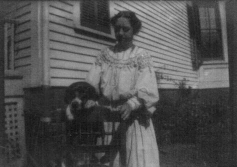 ADG - Elsie Duryee and Spot at the Dell Ave. house - @1903