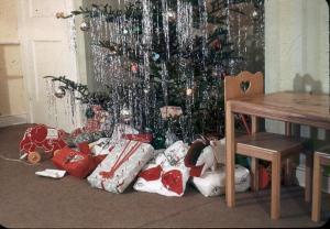 APG - 1947 Christmas Tree
