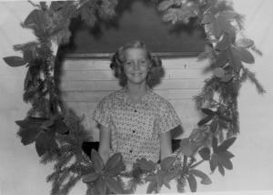 APG - 1957 Christmas card photo-individual shot of Judy