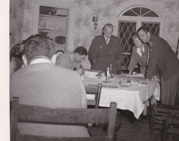 ADG - Trumbull House Thanksgiving, 1945 (1)