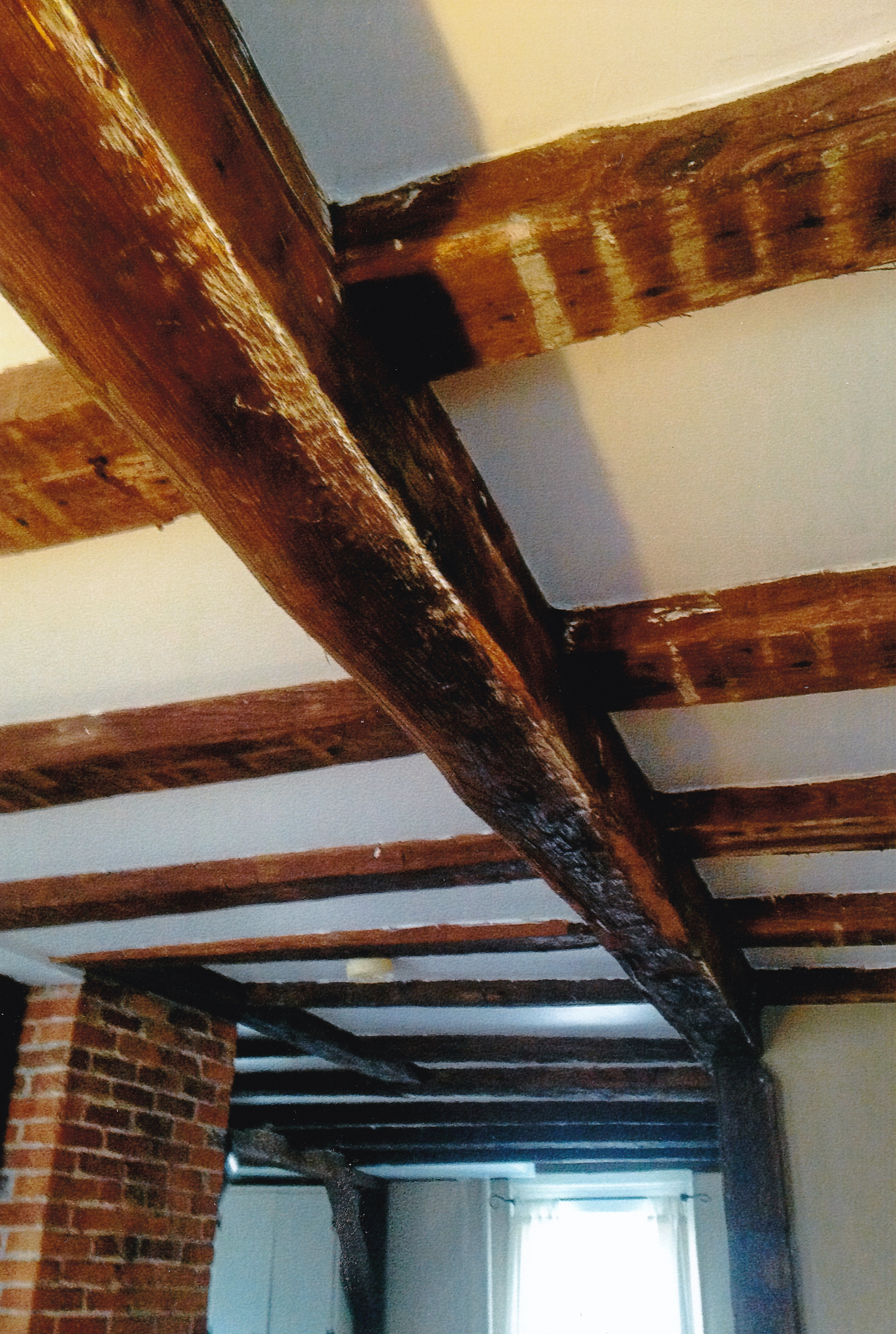 Trumbull House - 2018 - Beams in 1756 portion of house - kitchen